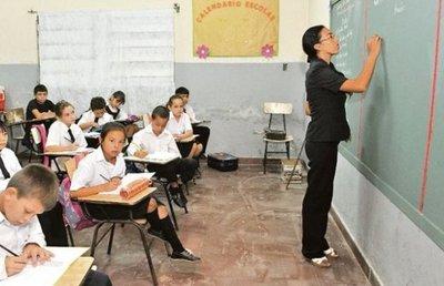 Unos mil docentes están en proceso de jubilación