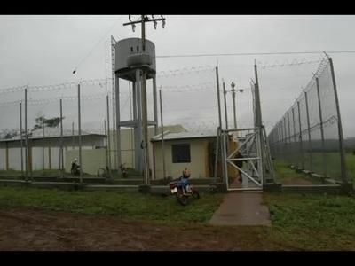 CUATRO INTERNOS REDUCEN A GUARDIAS Y SE FUGAN DEL CENTRO EDUCATIVO PARA MENORES INFRACTORES