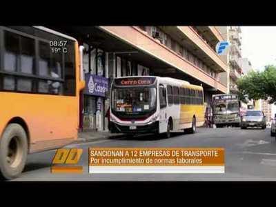 Multan a 12 empresas de transporte público