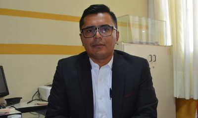 Roberto Casco vuelve a asumir como director general del Colegio Nacional – Prensa 5