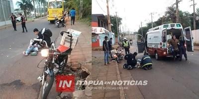 ACCIDENTE DE TRÁNSITO ENTRE UN ÓMNIBUS LLENO DE PASAJEROS Y UNA MOTOCICLETA.