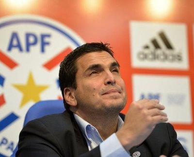 Paraguay corre contra el reloj en busca de técnico que muestre camino a Catar