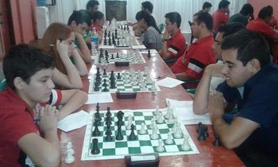 Club Ovetense de Ajedrez realiza torneo de partidas clásicas – Prensa 5