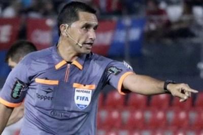 """Julio Quintana, árbitro del clásico: """"nos preparamos para pasar desapercibidos"""""""