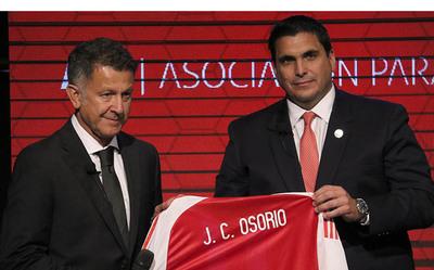Osorio nunca firmó por la Albirroja, según medio colombiano