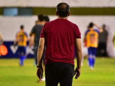 Pedro Sarabia deja la conducción de Luqueño