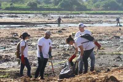 Ministerio del Ambiente y Municipalidad proyectan habilitar una playa a orilla arroyo Mburicaó