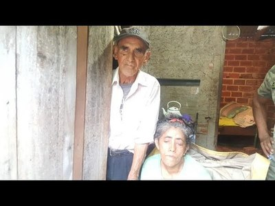 PAREJA DE ABUELITOS ABANDONADOS Y NO TIENEN DONDE VIVIR