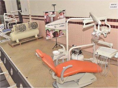IPS analiza ampliar los servicios de odontología tras compra de sillones