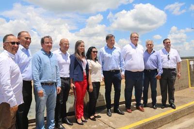 Presidente de Panamá destacó la abundante producción energética de ITAIPU y su contribución al desarrollo socioeconómico