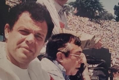 """Con fotos del """"baúl de los recuerdos"""", González Cabello rinde tributo al """"Maestro"""""""