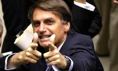 Bolsonaro anuncia la privatización de 12 aeropuertos de Brasil para marzo