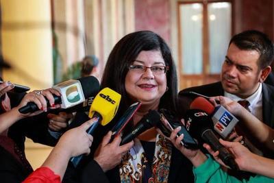 Ejecutivo designa a María Carolina Llanes como nueva ministra de la Senabico