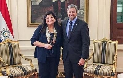 Carolina Llanes es nueva ministra de la Senabico