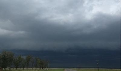 Emiten alerta por lluvias y tormentas para ocho departamentos