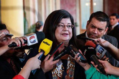 Nueva ministra asume al frente de la Senabico