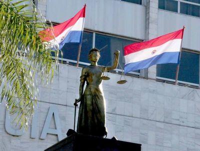 Corte suspende plazos procesales para Fernando de la Mora