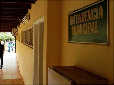 CDE: Prohíben uso de nombres en uniformes de funcionarios