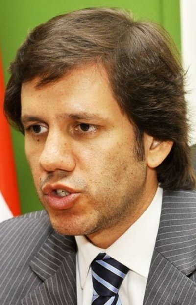 Investigan por lavado a exministro del Interior Carmelo Caballero
