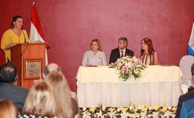 HOY / Abdo y primera dama en acto  compartido: lanzan plan de igualdad para las mujeres