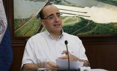 """HOY / Exdirector de Itaipú cuestiona falta de interés en renegociación del Tratado: """"Paraguay está improvisando"""""""