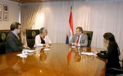 Presidente de la Corte se reúne con representantes de Usaid