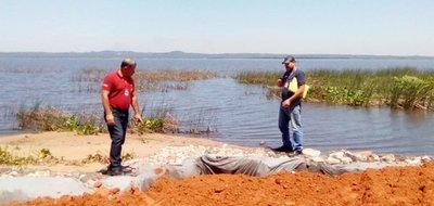 Constatan construcción de muro en zona de humedales del Lago Ypacaraí