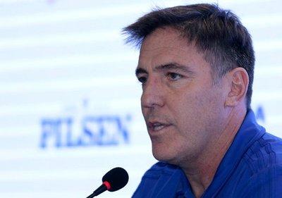 Berizzo anuncia los convocados del exterior para los amistosos de Paraguay