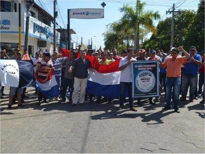 Trabajadores preocupados ante difícil situación en Manufactura Pilar
