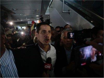 El líder opositor Juan Guaidó llegó a Venezuela