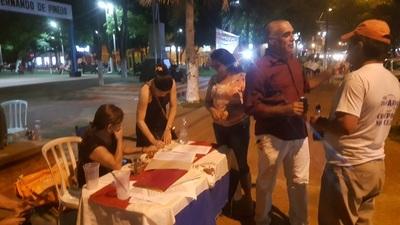Indignados completan 2.000 firmas por la intervención municipal de Concepción