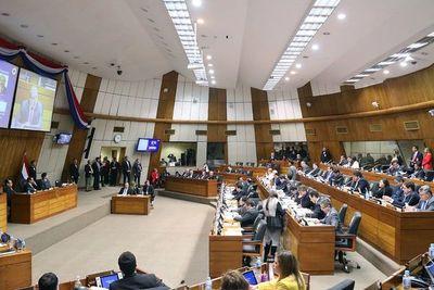 Parlamentarios se despiden de sus vacaciones