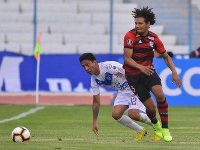 Flamengo saca los tres puntos de la altitud de Oruro