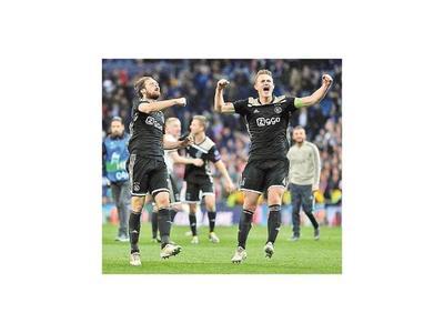 Batacazo del Ajax al eliminar al Madrid