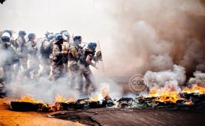 Más de medio centenar de invasores detenidos tras desalojo