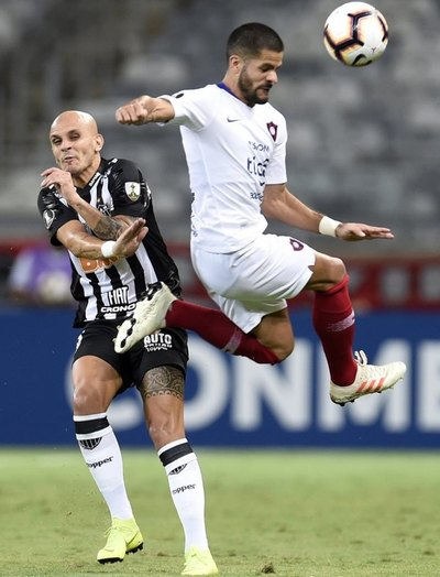 "Cerro Porteño golpeó duro en el ""Mineirão"""