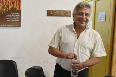 Acusado de planillerismo explica sus funciones en Diputados