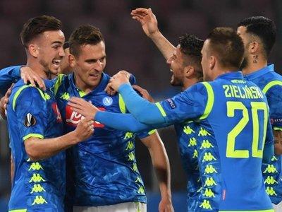 Valencia, Napoli y Chelsea ponen rumbo a los cuartos