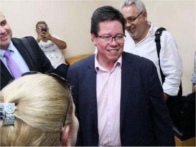 Juez emplaza a Contraloría a enviar las declaraciones juradas de García