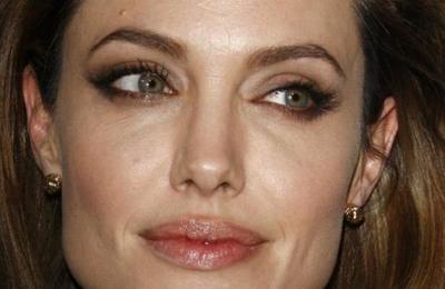 Angelina Jolie devastada: su hija Shiloh prefiere estar con Brad Pitt