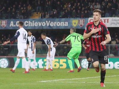 Biglia y Piatek prolongan el sueño del Milan