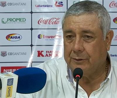 """Jara Saguier lamentó los """"tres errores en los goles"""""""
