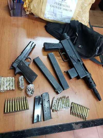 Detenidos en posesión de drogas y armas de uso prohibido afrontarán juicio oral