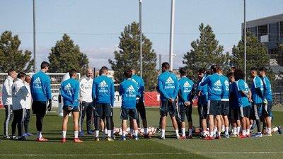Zidane dirigió su primer entrenamiento tras su regreso al Real Madrid