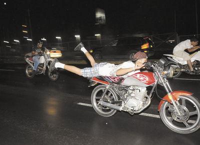 Preocupan las carreras clandestinas de motos en Concepción