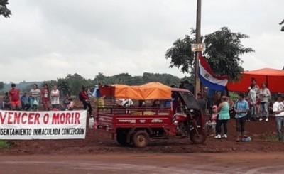 Desalojados vuelven a invadir propiedad del Km 9