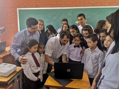 Habilitan aulas equipadas en zona rural de Capiibary