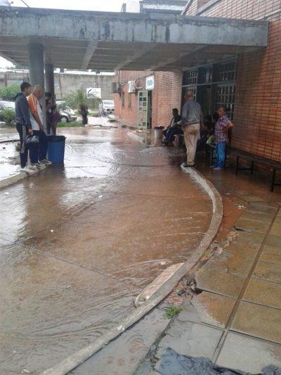 Hospital de Calle'i: Inhabilitan por 24 horas quirófanos y sala de maternidad