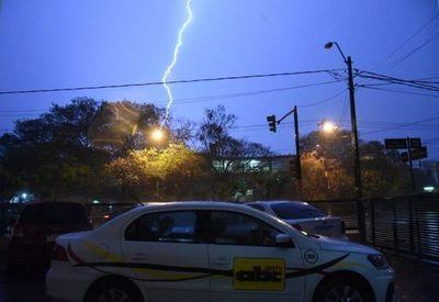 Alerta por tormentas para siete departamentos