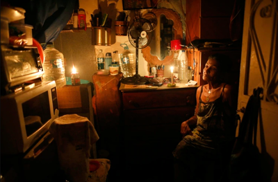 """Los más vulnerables de Venezuela siguen a oscuras tras el """"apagón"""""""
